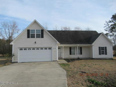 Richlands Single Family Home Active Contingent: 316 Otter Creek Court