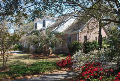 Southport Single Family Home For Sale: 6158 River Sound Circle