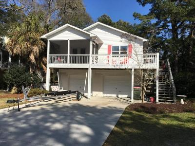 Emerald Isle Single Family Home For Sale: 324 Cedar Street