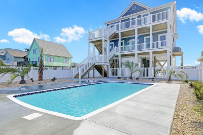 Oak Island Single Family Home For Sale: 1410 E Beach Drive