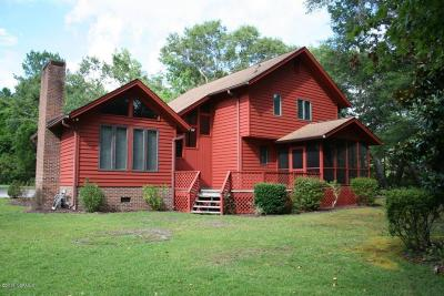 Shallotte Single Family Home For Sale: 284 Holden Beach Road SW