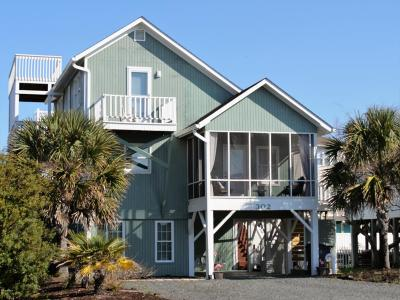 Holden Beach Single Family Home For Sale: 302 Sand Piper Lane