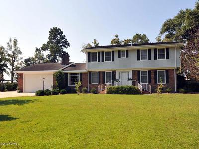 Lake Waccamaw Single Family Home For Sale: 1006 Bella Coola Road