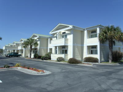 Atlantic Beach Condo/Townhouse For Sale: 602 W Fort Macon Road W #115