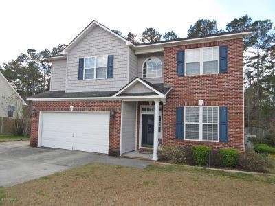 Jacksonville Single Family Home For Sale: 223 Stagecoach Drive