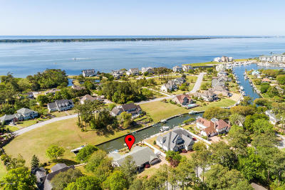 Morehead City Single Family Home For Sale: 5203 Webb Court