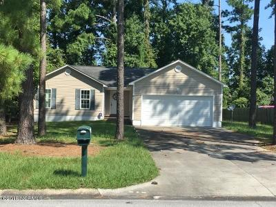 Onslow County Single Family Home For Sale: 91 University Drive