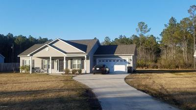 Holly Ridge Single Family Home For Sale: 323 Folkstone Road
