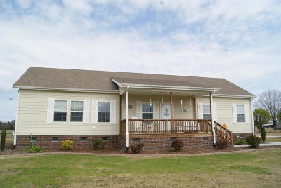 Beulaville Single Family Home For Sale: 2315 E Nc 24 Highway