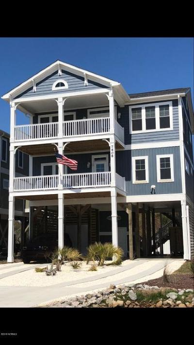 Oak Island Single Family Home For Sale: 4012 E Beach Drive