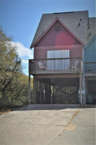 Surf City Single Family Home For Sale: 106 Windward Drive