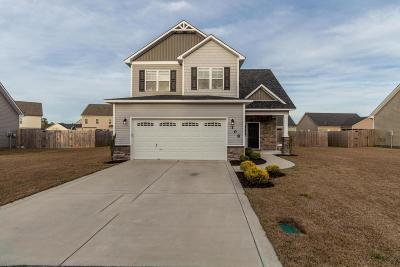Jacksonville Single Family Home For Sale: 108 Stonecroft Lane