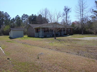 Shallotte Single Family Home For Sale: 452 Holden Beach Road SW