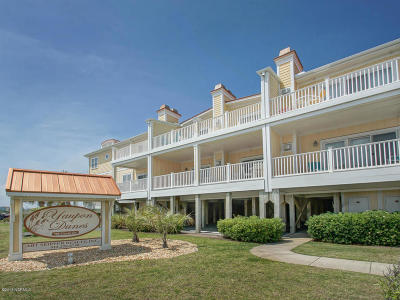 Oak Island Condo/Townhouse For Sale: 700 Ocean Drive #217