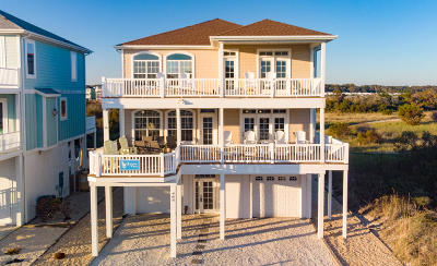 Ocean Isle Beach Single Family Home For Sale: 465 E Fourth Street