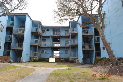 Onslow County Condo/Townhouse Active Contingent: 2264 New River Inlet Road #102