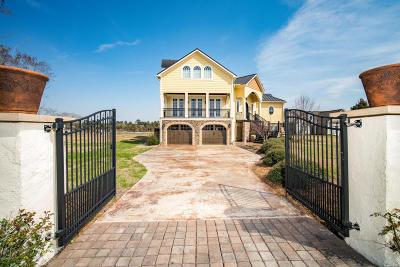 Newport Single Family Home For Sale: 708 Sea Gate Drive