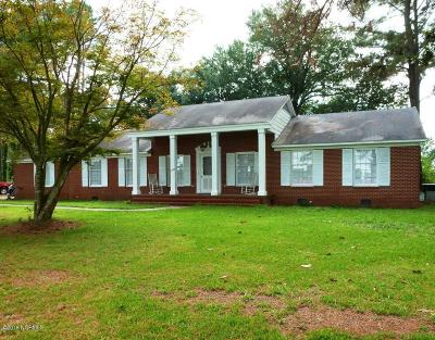 Beulaville Single Family Home For Sale: 1208 S Nc 41 111 Highway