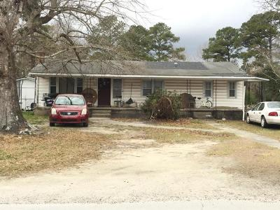 Onslow County Single Family Home For Sale: 725 Tallman Circle