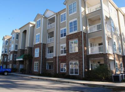 North Topsail Beach, Surf City, Topsail Beach Condo/Townhouse For Sale: 300 Gateway Condos Drive #323