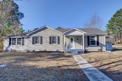 Wilmington Single Family Home For Sale: 802 Morris Court