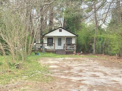 Onslow County Single Family Home For Sale: 733 Tallman Circle