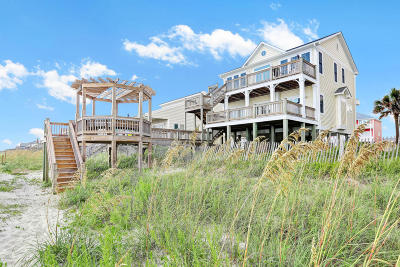 Oak Island Single Family Home For Sale: 2019 W Beach Drive