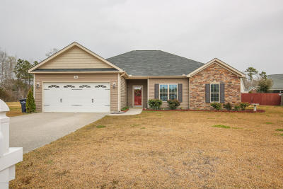 Onslow County Single Family Home For Sale: 204 Lincolnton Court