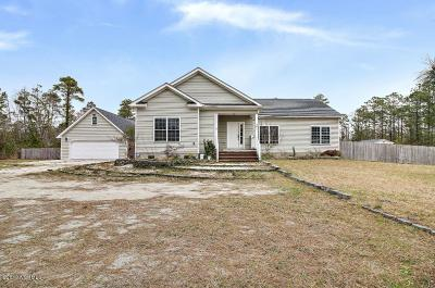 Onslow County Single Family Home For Sale: 301 Sand Ridge Road