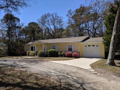 Cape Carteret Single Family Home For Sale: 200 Anita Forte Drive