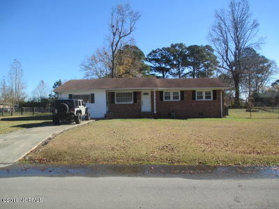 Onslow County Single Family Home For Sale: 8 Victoria Road