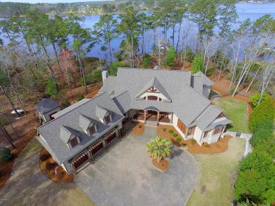 Oriental Single Family Home For Sale: 161 Cape Hatteras Point