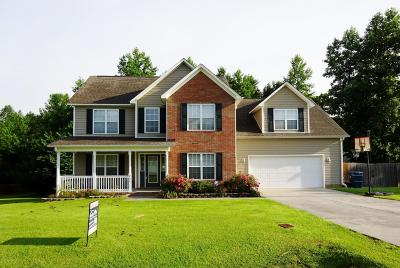 Onslow County Single Family Home For Sale: 202 Anson Court