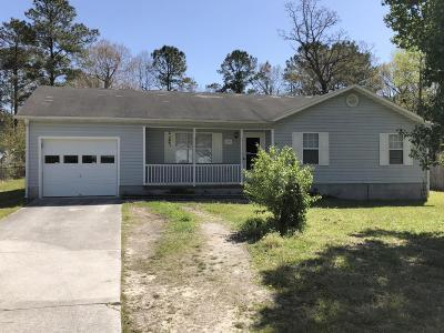 Onslow County Single Family Home Active Contingent: 247 S Creek Drive