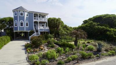 Oak Island Single Family Home For Sale: 2904 E Pelican Drive