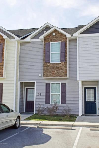 Jacksonville Condo/Townhouse For Sale: 136 Waterstone Lane