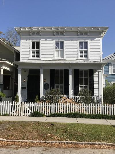 Wilmington Single Family Home For Sale: 621 Dock Street