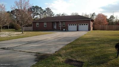 Midway Park Single Family Home For Sale: 20 Collins Drive