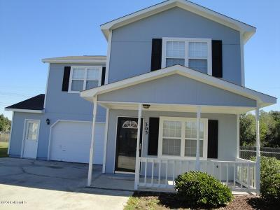 Hubert Single Family Home For Sale: 305 Fox Way S