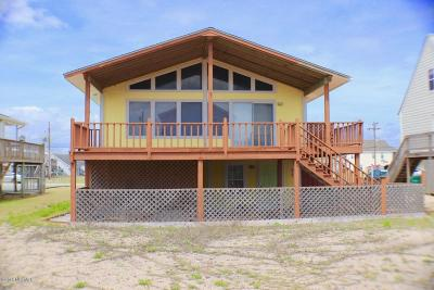 Surf City Single Family Home For Sale: 1820 N New River Drive