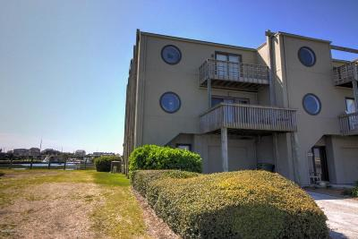 Atlantic Beach Condo/Townhouse For Sale: 1013 Ft Macon Road E #71