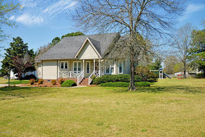 Winterville Single Family Home For Sale: 566 Ridge Drive