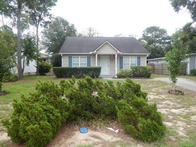 Oak Island Single Family Home For Sale: 150 NE 6th Street