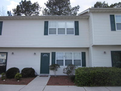 Swansboro Condo/Townhouse For Sale: 72 Crush Court
