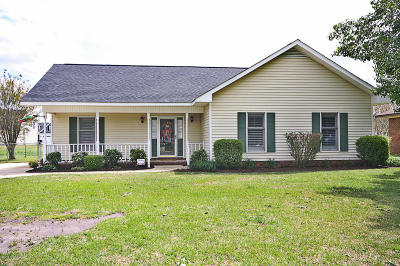 Winterville Single Family Home For Sale: 634 Bayberry Lane