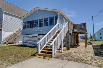 North Topsail Beach, Surf City, Topsail Beach Single Family Home For Sale: 2660 Island Drive
