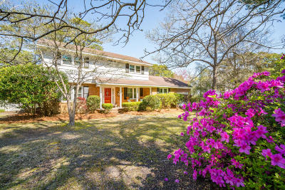 Morehead City Single Family Home For Sale: 3208 Country Club Road