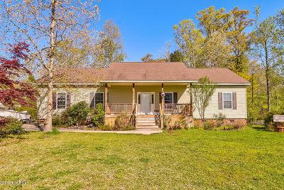 Hampstead Single Family Home For Sale: 407 Knollwood Drive