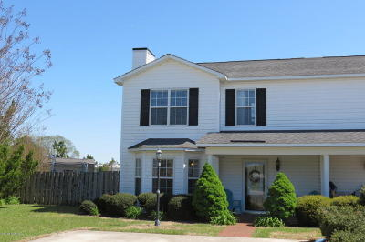 Winterville Single Family Home For Sale: 104 Emily Drive #A
