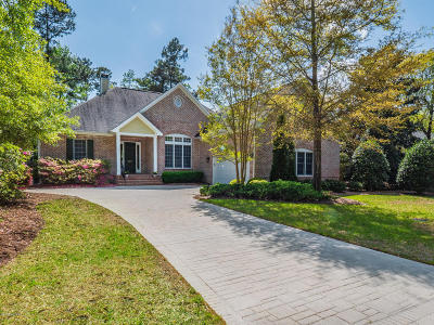Wilmington Single Family Home For Sale: 207 Grayhawk Circle